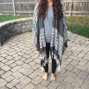 Sweaters - Grey and White Shawl